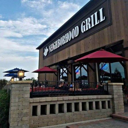 Niko's Tavern & Neighborhood Grill